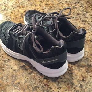 216fb7334771b Champion Shoes - Champion power flex size 7 1 2 shoes